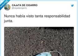 Enlace a Noches de desenfreno y protección, por @cajadecigarro