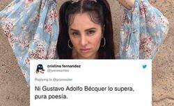 Enlace a Un fan de la Mala Rodríguez se lía con los piropos y le acaba dedicando poema que ha hecho las delicias de Twitter por lo bestia que es, por @grumositor