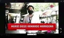 Enlace a A este reportero argentino le sale la peor conexión en directo posible tras la muerte de Maradona y demuestra que quizás no era tan querido como nos pensamos, por @Sanguchettti