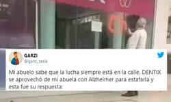 Enlace a La venganza de un abuelo contra la empresa que le ha estafado miles de euros a su mujer con alzheimer se convierte en el vídeo y la historia de la semana, por @garzi_tesla