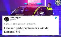 Enlace a Cachondeo absoluto en Twitter por el diseño poligonero de los nuevos coches de la Policía Local de Sevilla