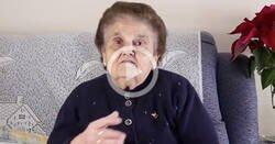 Enlace a Esta abuela se vuelve viral tras destrozar a un youtuber que se metió con Extremadura