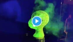 Enlace a El vídeo que muestra el peligro de llevar la mascarilla mal ajustada