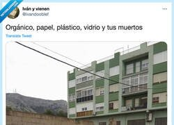 Enlace a Contenedores para reciclar, por @ivandooblef