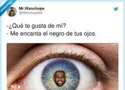 Enlace a Qué ojos más bonitos, por @WanchopeMr