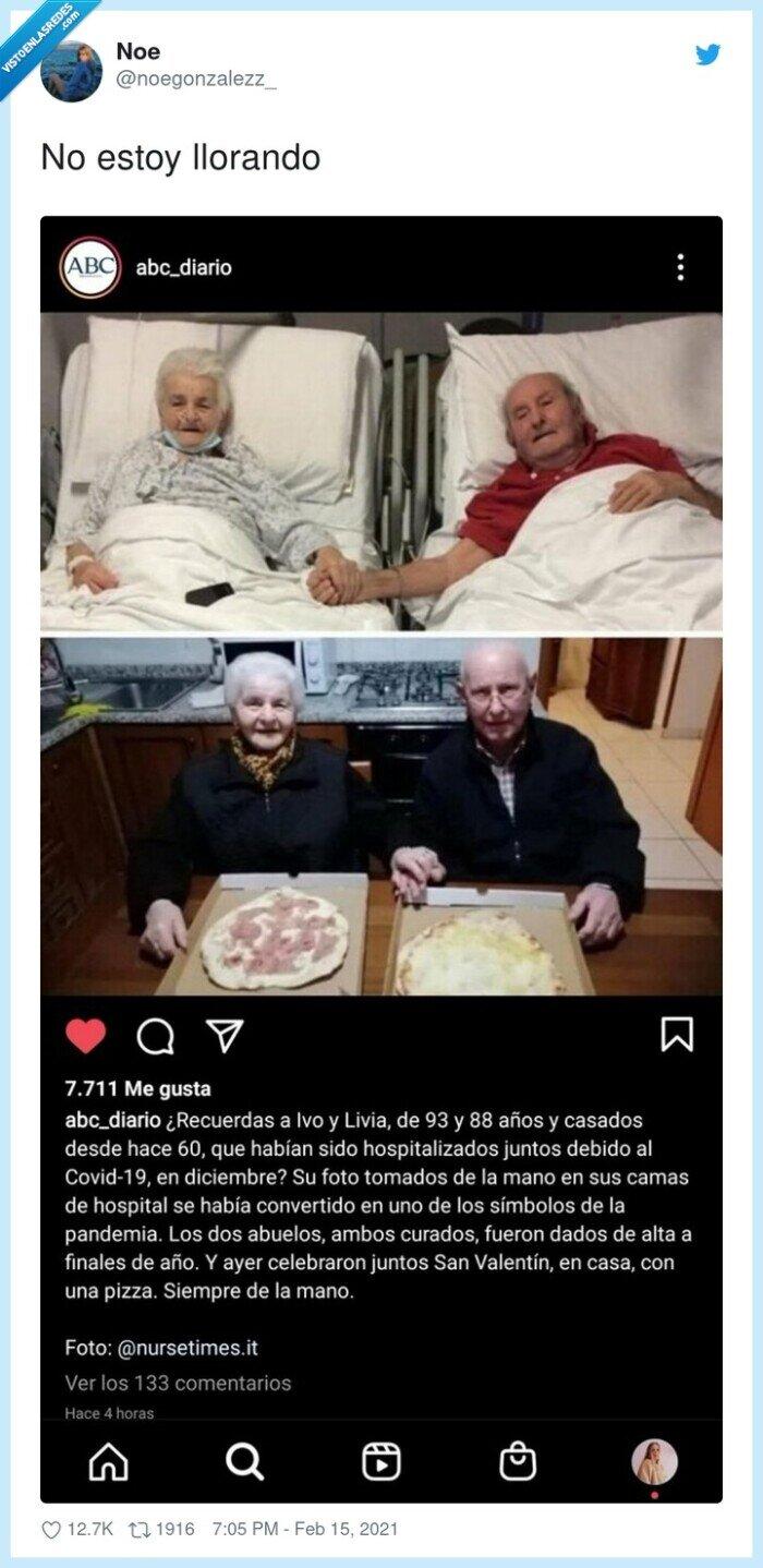 ancianos,covid,pareja