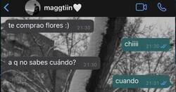 Enlace a Esta conversación de este enamorado que fue a por flores lo está petando por lo cansino del chaval, por @Rufilancha_