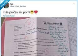 Enlace a Un profesor de Toledo es el nuevo ídolo de internet por el mensaje que dejó a una alumna que sacó un 10