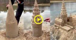 Enlace a Espectacular como este friki de Harry Potter construye el castillo de Hogwarts en la arena, por @MagiadeLectores