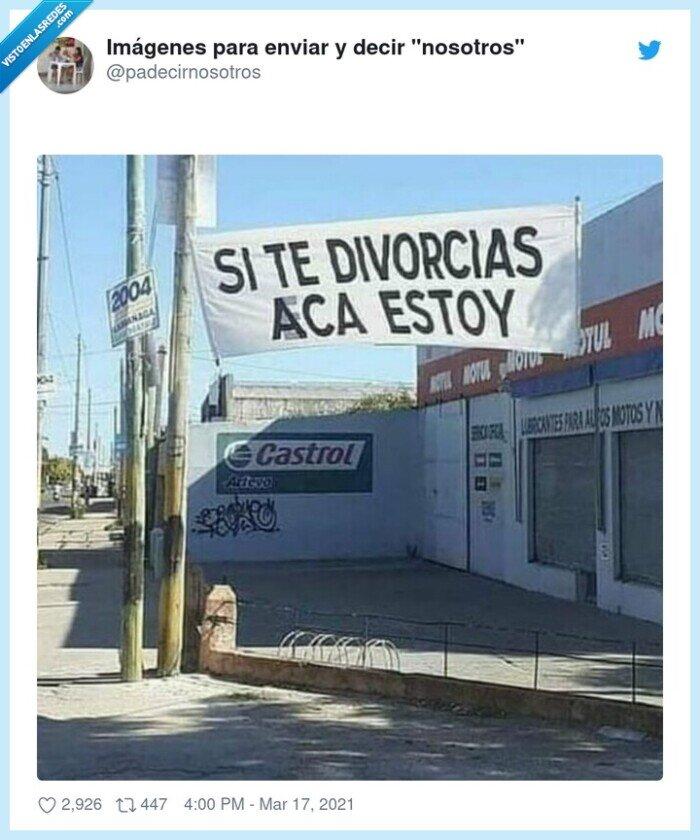 aquí estoy,divorciados,pancarta