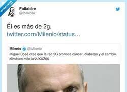 Enlace a Lo que pasa es que asocia el 5G a sobredosis, por @foIlaldre
