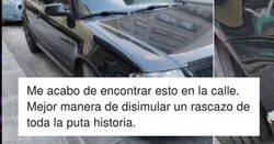Enlace a Se da un golpe con el coche y la forma de disimularlo es de las mejores que se recuerdan , por @debejota