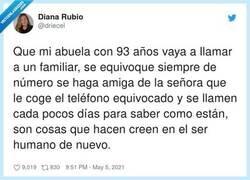 Enlace a Historias de abuelas molonas, por @driecel