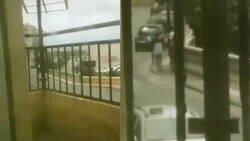 Enlace a Un vecino dispara con un arma de perdigones a un grupo de jóvenes marroquíes en Ceuta