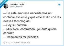 Enlace a Y una calculadora con rollo de papel, por @Doc_Hannibal
