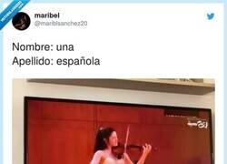 Enlace a Se llama María Dueñas, tiene 19 años, nació en Granada , por @mariblsanchez20