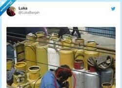 Enlace a Buscando nuevos clientes, por @LukaBanjah