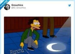Enlace a Y así cada día, por @El_Grouchico