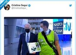 Enlace a La farola, sr Biden, por @CristinaSegui_