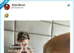 Enlace a Postureo Marvel, por @StripMarvel