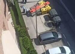 Enlace a Un vídeo de unas monjas cantando detrás de una furgoneta es lo más WTF que vas a ver hoy, por @juandeque