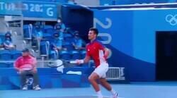Enlace a Djokovic dijo que él había aprendido a manejar la presión, no como Simone Biles, pues bien, esto ha hecho hoy, por @pablom_m