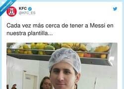 Enlace a Messi cerca del KFC, por @KFC_ES