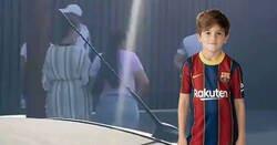 Enlace a Aficionados van a casa de Messi a reírse de él y el que se acaba riendo de ellos es Thiago Messi , por @Sempre_Cules