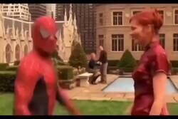 Enlace a La nueva de Spiderman promete mucho, por @google_bizarro