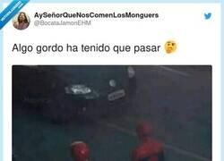 Enlace a Los power Rangers son machistas, han despedido a las 2 tías para meter a Spiderman, por @BocataJamonEHM