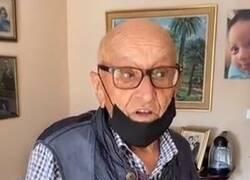 Enlace a Un abuelo de 101 en perfecto estado de forma conquista a todo el mundo explicando la curiosa dificultad que tiene para renovarse el carnet de conducir, por @doloresojeda1