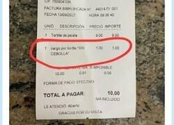 Enlace a El ticket que por fin devuelve la fe al planeta con la tortilla de patata, por @pizarrines