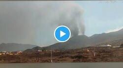 Enlace a Espectacular la transformación de la zona y la altura que ha alcanzado ya el volcán