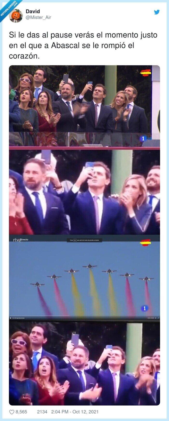 12octubre,abascal,avión,bandera,corazón,fuerzas armadas,momento,republicana
