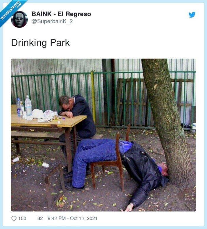 borrachos,drinking,park