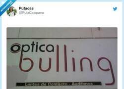 Enlace a Especialidad en lentillas para cuatroojos, por @PutaCasquero