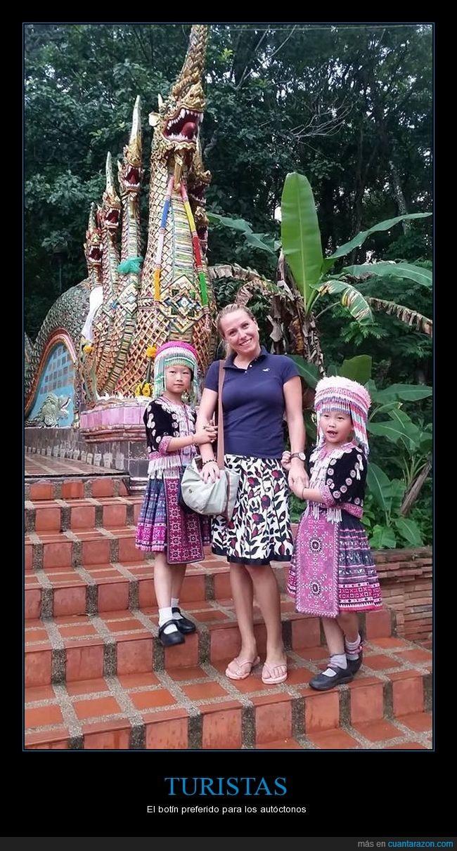 niñas,reloj,robar,tailandia,Wat Phra That Doi Suthep