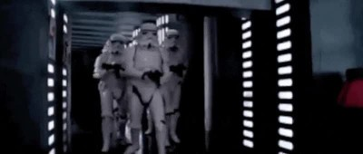 14403 - El stormtrooper que se golpea la cabeza en Star Wars por fin habla sobre la mítica escena