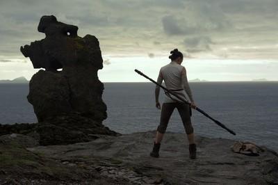 18759 - Acaba de salir el tráiler de Star Wars: Los últimos Jedi y es tan espectacular como te imaginas