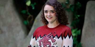 22146 - Maisie Williams pone en jaque a Hollywood preguntándose si es guapa